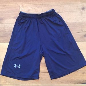 Mens loose fit blue Under Armour shorts size S